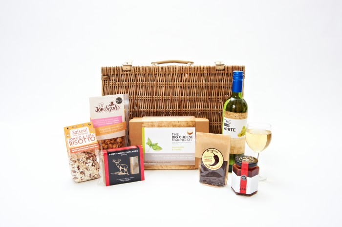 The Big Cheese making Kit Hampers 049