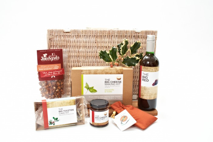 The Big Cheese making Kit Hampers 081