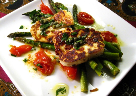 Sizzling-Haloumi-with-Roasted-Tomatoes-and-Asparagus-Cara-Lyons-of-Caras-Cravings
