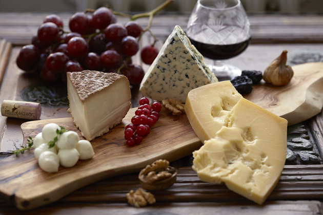 Cheese plate, red wine, grapes